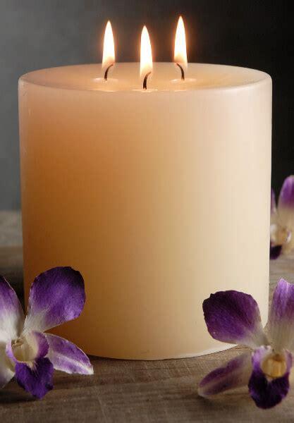 wick pillar candle