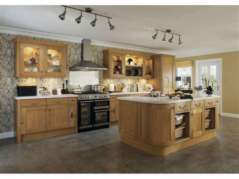 cuisine equipee moderne cuisine equipee bois brut maison moderne
