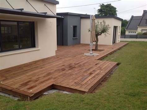 realisation d une terrasse en bois pose d une terrasse en bois pin par la menuiserie solabaie criaud 224 muzillac