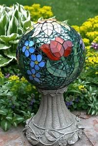 Mosaik Basteln Ideen : mosaik basteln stein mosaik im garten kugel mosaik ~ Lizthompson.info Haus und Dekorationen
