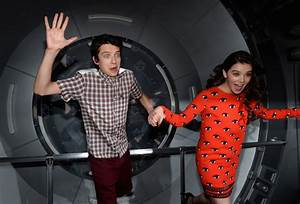 Wednesday: Asa Butterfield and Hailee Steinfeld - The Week ...