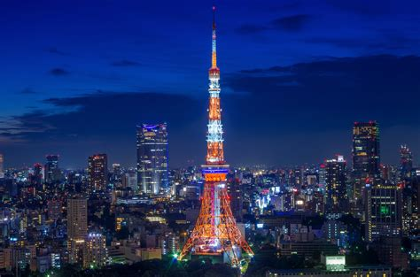 Tokyo Tower in Summer Landmark Color | Experimental shot ...