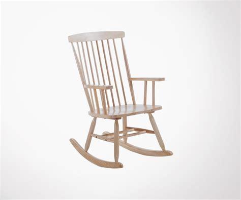 chaise a bascule design chaise à bascule bois style cagne et moderne