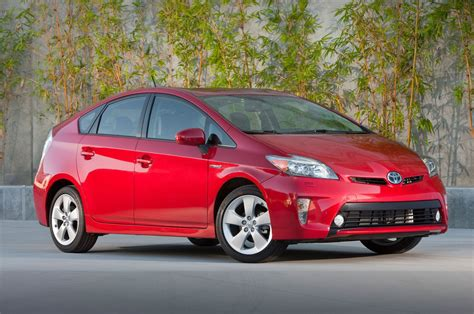 Toyota Prius by 2014 Toyota Prius Reviews And Rating Motor Trend