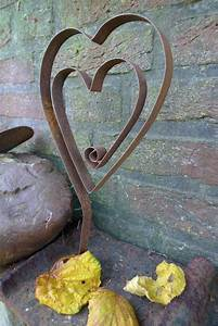 Herz Aus Zweigen Basteln : die 25 besten ideen zu gartendeko rost auf pinterest rost deko garten gartendeko metall und ~ Markanthonyermac.com Haus und Dekorationen