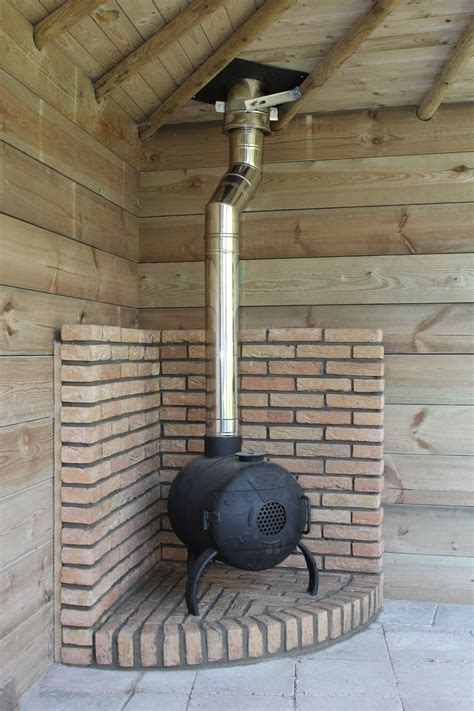 houtkachel pijp plaatsen kachelpijp rookgasafvoer rookkanaal