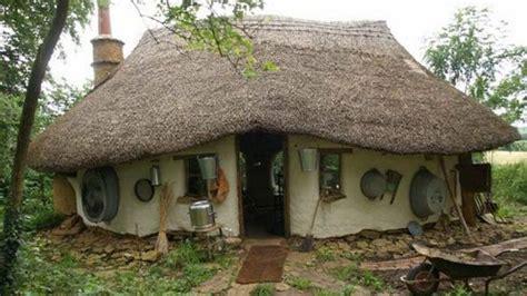 Moderne Häuser Aus Lehm by 214 Ko Lehmh 228 User Wohnen Wie Im M 228 Rchen De