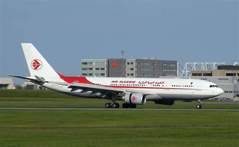 file air algérie a330 yul jpg wikimedia commons