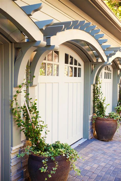 7 Easy Garage Door Makeover Ideas To Boost Your Home's