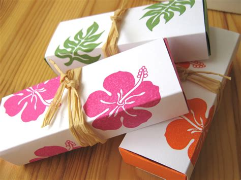 Tropical Hibiscus Island Style Wedding Favor Boxes Hawaii