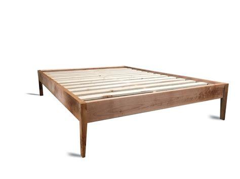 Platform Bed Frame / Simple Wood Bed With Sleek Tapered Legs