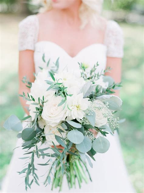 Best 25 White Dahlia Bouquet Ideas On Pinterest White