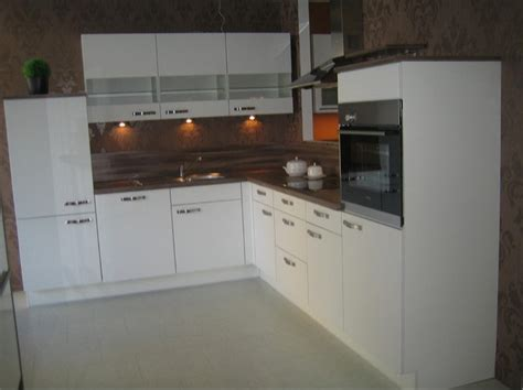Nobiliamusterküche Weiß Softmatt Ausstellungsküche In Von