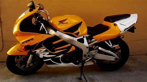1999 Honda CBR 900RR - YouTube
