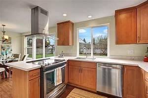 Pecan Shaker (Maple) - Pius Kitchen & Bath