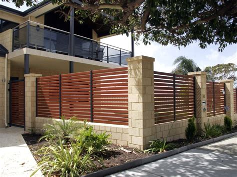 modern minimalist house fence design trend    home ideas