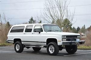 1991 Chevrolet Suburban 2500 Suv 4x4 5 7l V8 Automatic