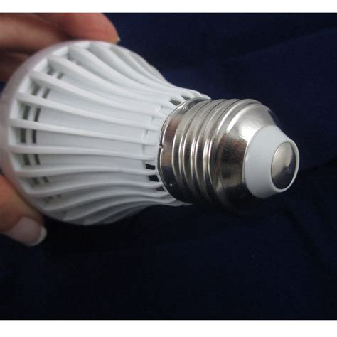 4 x led light bulb 7w e26 120v energy saving bright l