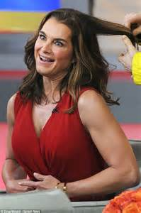 Brooke Shields Reveals She Penned Autobiography After Ny