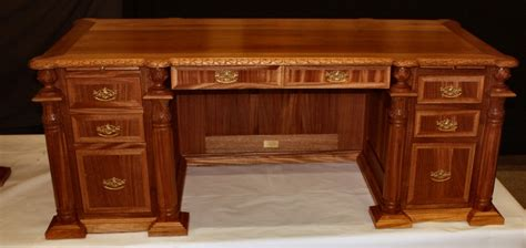 Custom Hand Carved Presidential  Ee  Desk Ee   Specialty Woods