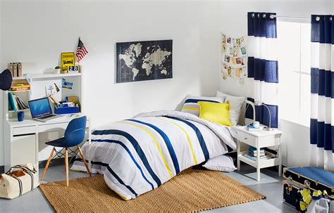 Dorm Rooms : Five Steps To Ace Dorm Room Decor
