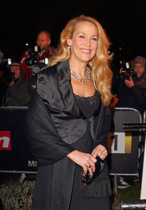 Jerry Hall 10 Celebrity Moms Who Breastfeed In Public