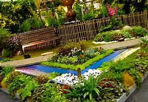 Modern garden design modern magazin for Garden plant design