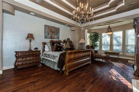 master bedroom floor tiles 23 beautiful bedrooms with wood floors pictures 16062