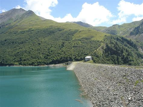 panoramio photo of barrage de grand maison