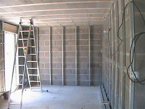 poser du placo au plafond sans rail pose de placoplatre au plafond beautiful etape fixer les montants du plafond dans les rails