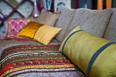 tapissier canap faire des coussins de canape 28 images housse de canap