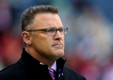 fox sports analyst howie long play college football