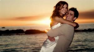 Should i book a professional wedding photographer for my for How much should i pay for a wedding photographer