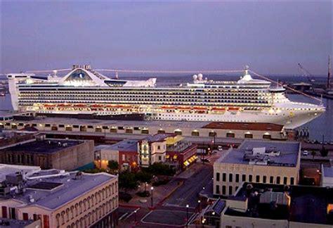 Galveston Texas Cruise Ship Port Calendar 2016 | Crew Center