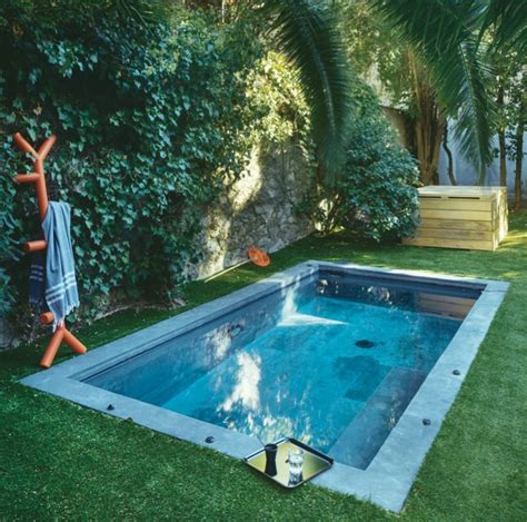 idee amenagement cuisine d ete un bassin dans le jardin idee ete amenagement