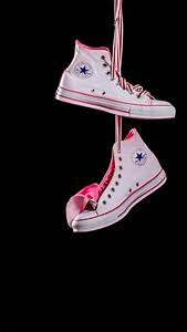 Hanging Converse - Best htc one wallpapers