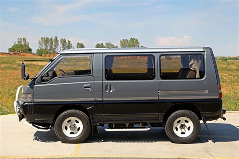 Mitsubishi Delica Backgrounds by 1991 Mitsubishi Delica Exceed Glen Shelly Auto Brokers