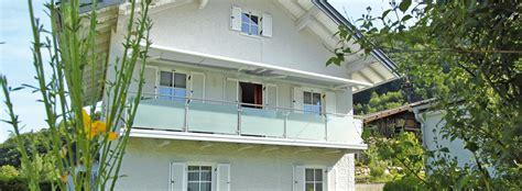 mini schrank balkongeländer balkon