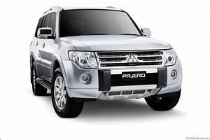 2011 Mitsubishi Pajero Launched In Australia Photos