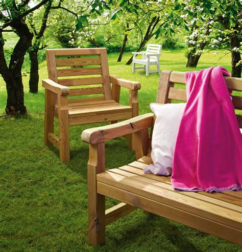 sedie da giardino fai da te arredo giardino fai da te come costruire una panca e