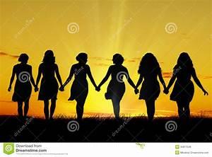 Hand In Hand Gehen : frauen die hand in hand gehen stockbild bild 45817549 ~ Markanthonyermac.com Haus und Dekorationen