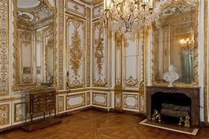 This is Versailles: Bathroom of Louis XV/Louis XVI