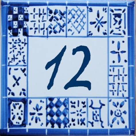 numero de rue en faience plaque de maison avec num 233 ro de rue personnalis 233 en faience