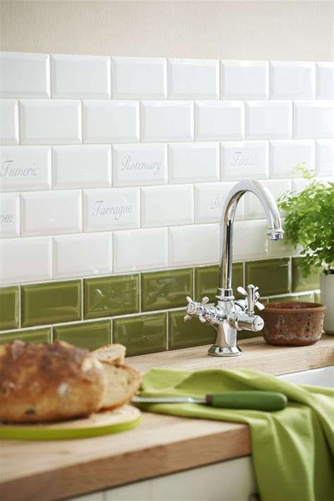apple green kitchen tiles 25 best ideas about apple green kitchen on 4162