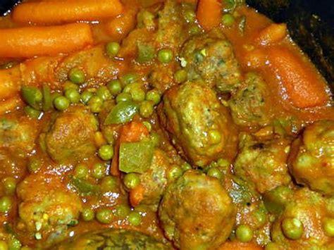 cuisiner les petit pois frais recette de boulettes de bœuf aux petits pois carottes
