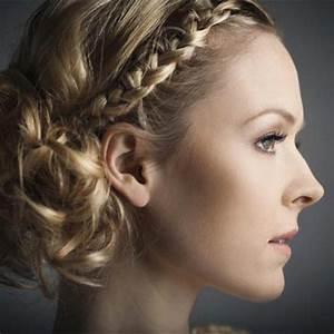 Coiffure Mariage Cheveux Court : coiffures pour un mariage en hiver trend zone ~ Dode.kayakingforconservation.com Idées de Décoration