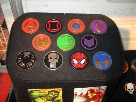 ICv2: Preview: 'Marvel Universe Pin Assortment'