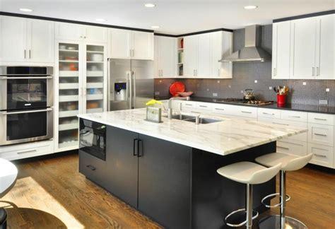cuisine plan de travail marbre plan de travail cuisine moderne en et bois