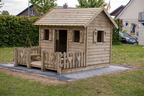 Holzhäuser Für Die Aussenanlage  Förderverein Pusteblume