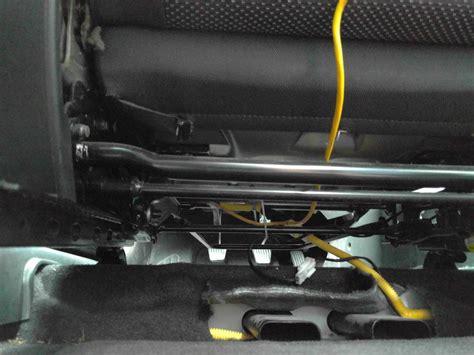 pathfinder nissan black chevrolet two connectors under each car seat